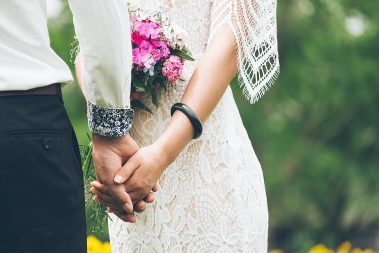 結婚とは、絶対的な味方をつくること